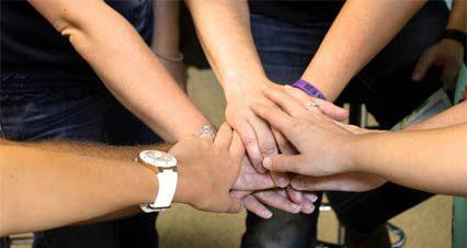 teamwork_inhand